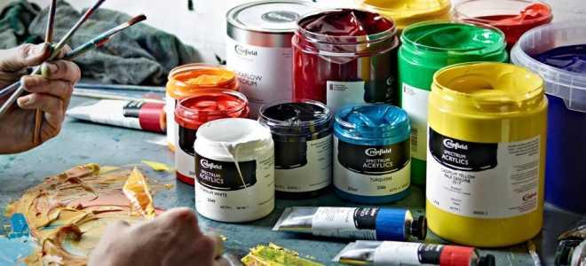 Акриловые краски для стен: характеристики, достоинства, область применения