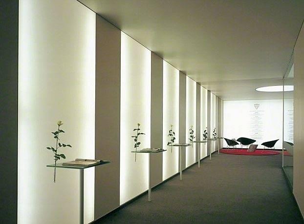 Зеркальное панно на стену: обычное зеркало, плитка с фацетом, идеи, фото