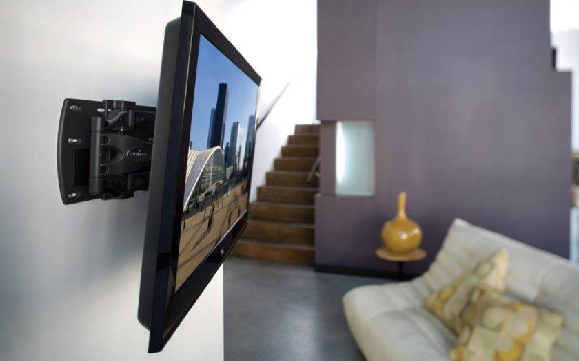 Как повесить телевизор на стену: крепление с кроншейном и без