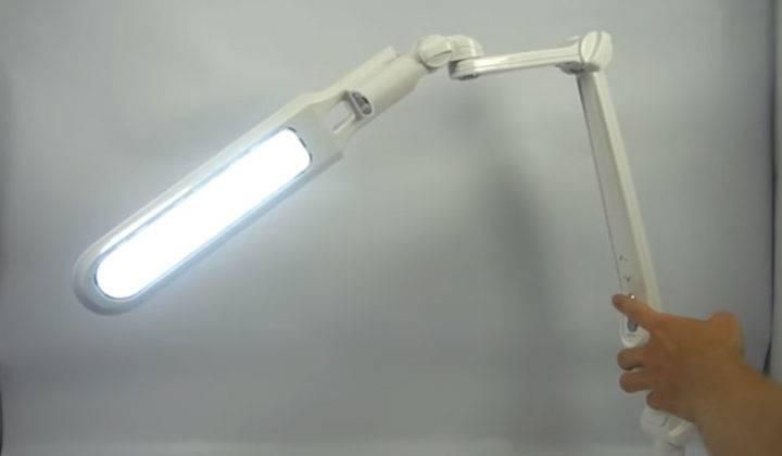 Как выбрать настольную лампу для школьника: рейтинг топ-15 лучших настольных ламп для школьника