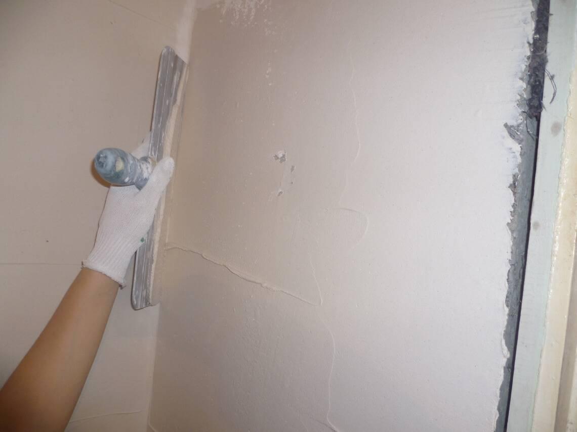 Выходим на финишную отделку: как правильно шпаклевать стены