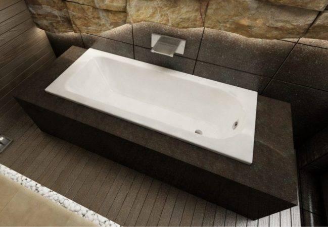 Мозаика на пол в ванной: разновидности и монтаж