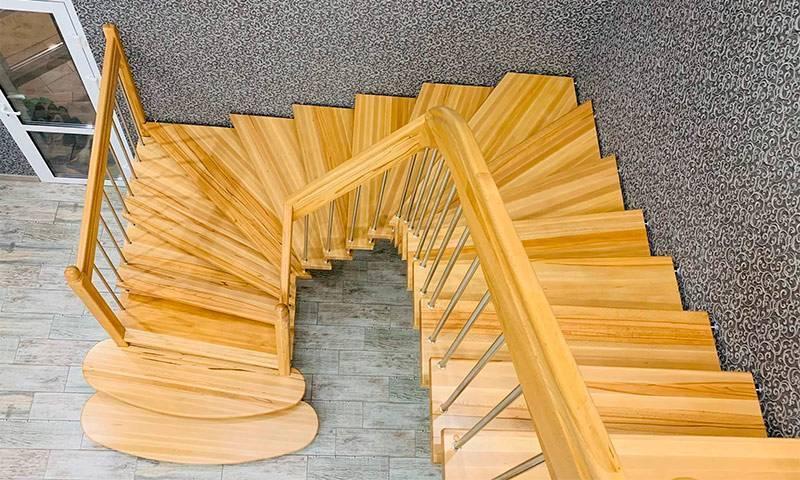 Лестница на второй этаж своими руками из дерева с поворотом на 90: создание качественной конструкции