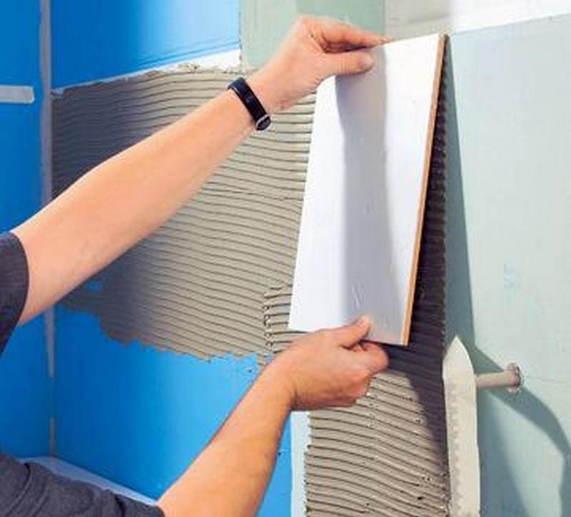 Как правильно класть плитку на пол своими руками: пошаговая инструкция от профессионала
