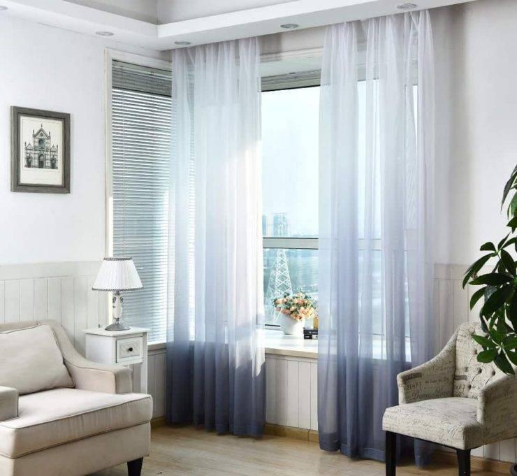 Шторы двух цветов на одном окне: 50 классных фото оформления