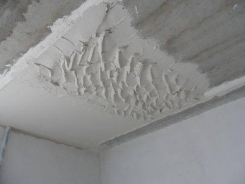 Как выровнять штукатурку своими руками: как правильно отделать гипсовой смесью без маяков старые стены квартиры, дверной проем, самому шпаклевать после высыхания?
