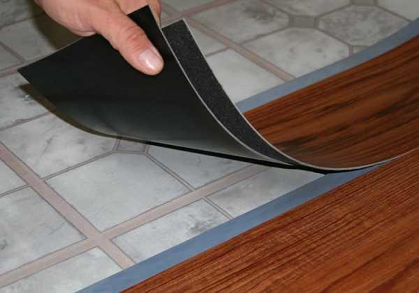 Кварцвиниловая плитка для пола: виды, дизайн, сравнение с другими материалами, укладка