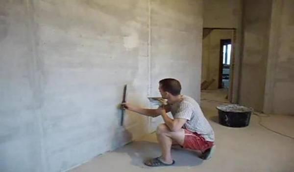 Какой шпаклевкой лучше шпаклевать стены из разных материалов