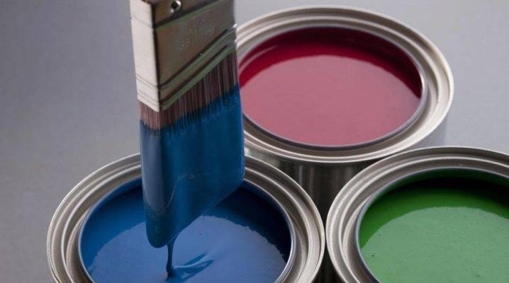 Акриловая краска по металлу: можно ли красить составом металлическую поверхность, эмульсии для внутренних работ без запаха, варианты оттенков «металлик» и серебро