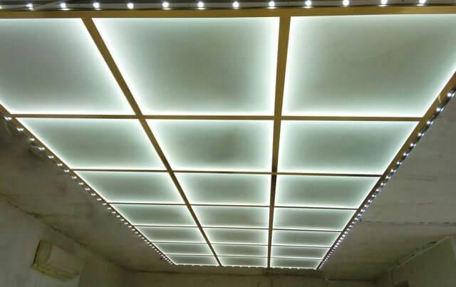 Стеклянный потолок: особенности, разновидности, монтаж | строй советы