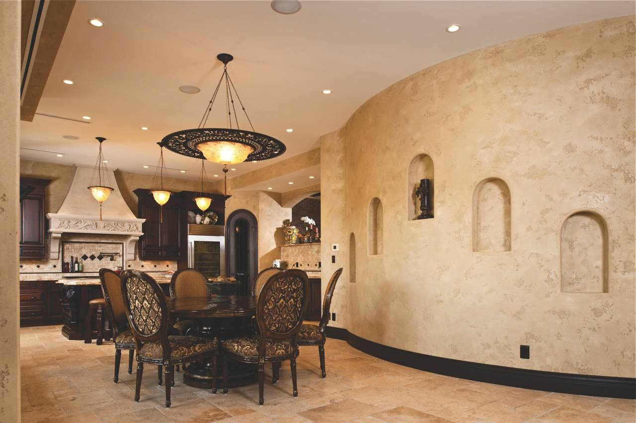 Декоративная штукатурка в коридоре из камней и иные виды в интерьере квартиры: варианты дизайна и цвета прихожей, отделка внутренних стен своими руками при ремонте
